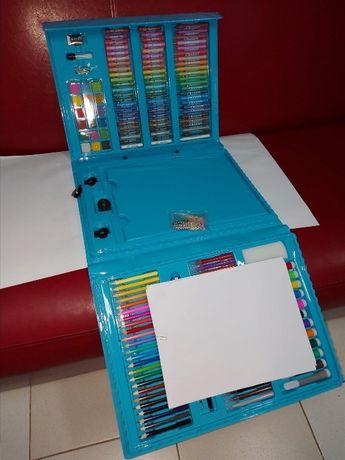 ПОЛЕЗНЫЙ ПОДАРОК ребенку - набор для творчества из 208 предметов.ЖМИТЕ