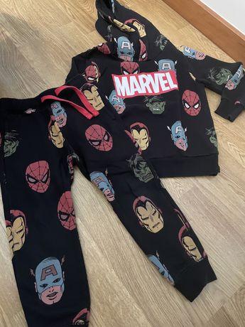 Fato treino Marvel 4-6 anos 110cm