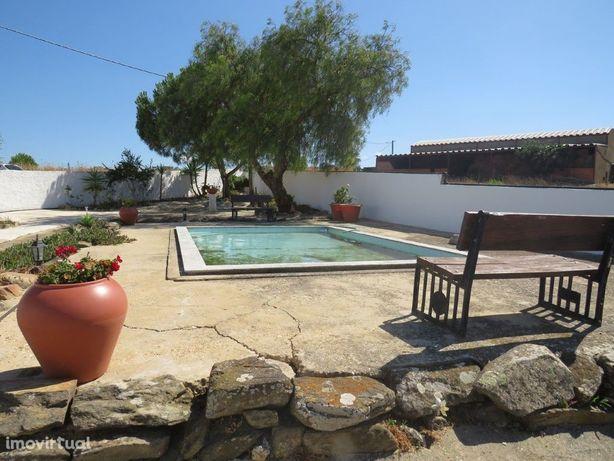Monte Alentejano com 3 quartos localizado no concelho de ...
