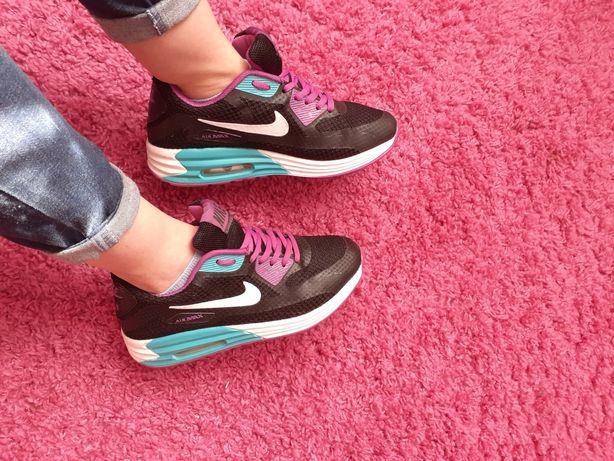 Кросовки Nike air max !