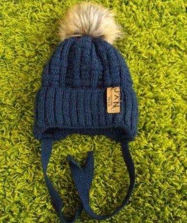 Зимова дитяча шапка