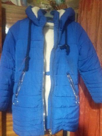 Продам куртки зимові