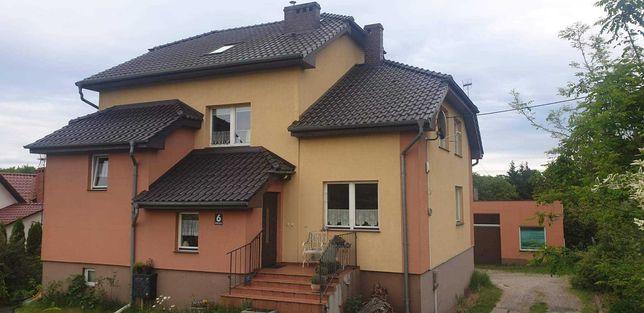 Dom jednorodzinny wraz z budynkiem gospodarczym
