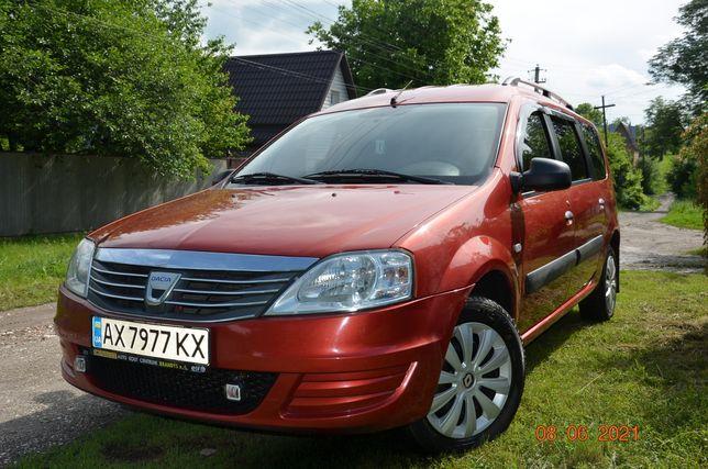 Dacia logan mcv    2010г газ- бензин Продам срочно автомобиль