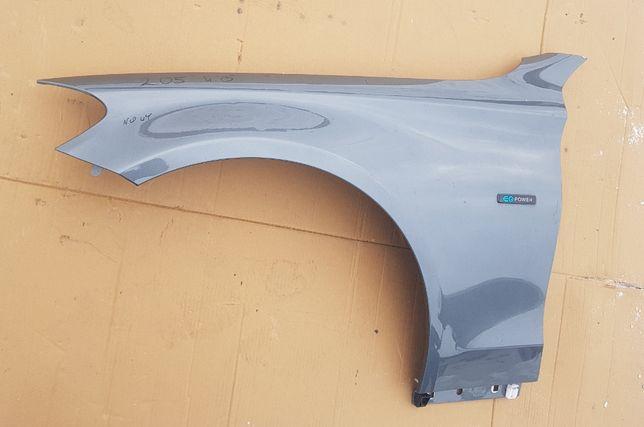 Mercedes w205 Крыло в наличии крило ліве 2013- A2058810101