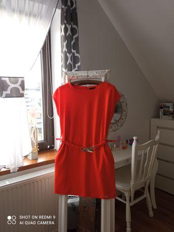 Sukienka Mohito śliczna z ozdobnym paskiem rozmiar 38