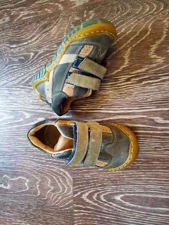 Кросівки для малюка