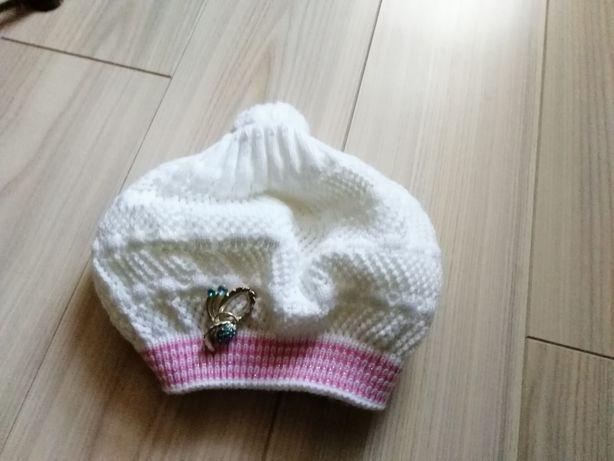 Продам шапку берет для девочки