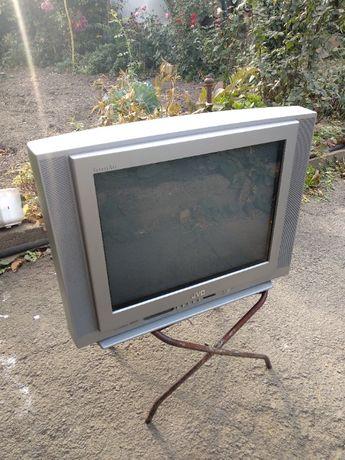 телевизор JVC AV-2168TEE нерабочий