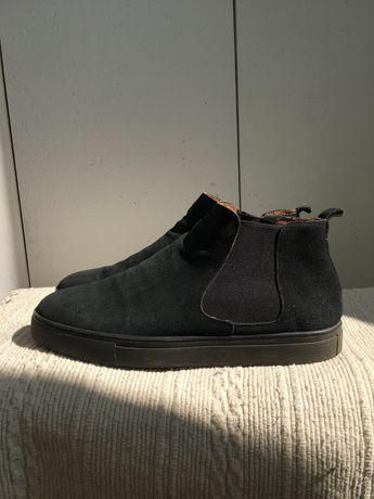 Ботинки замшевые утепленные 44 размер