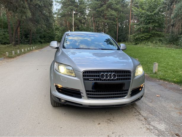 Продам Audi q 7