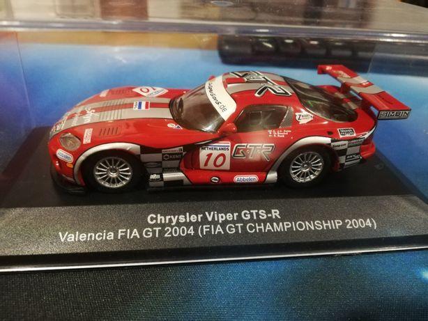 Miniatura Chrysler Viper GTS-R