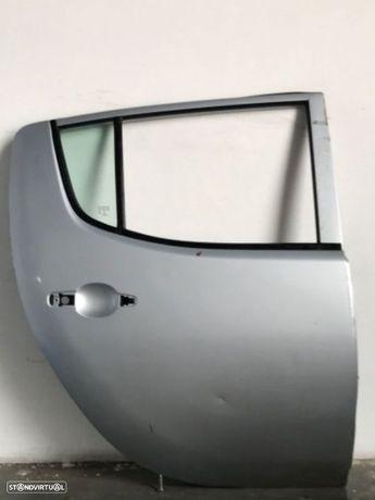 Porta Tras - DRT   Mitsubishi L200 de 06 a 09
