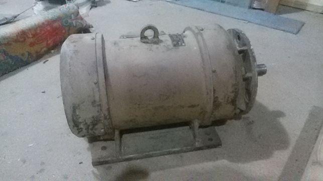 Продам электродвигатель 6 Квт