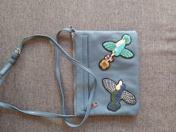 Nowa niebieska śliczna torebka z aplikacją