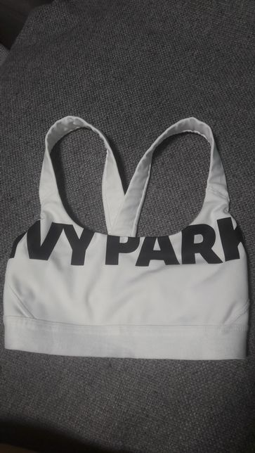 Топ Ivy Park xs