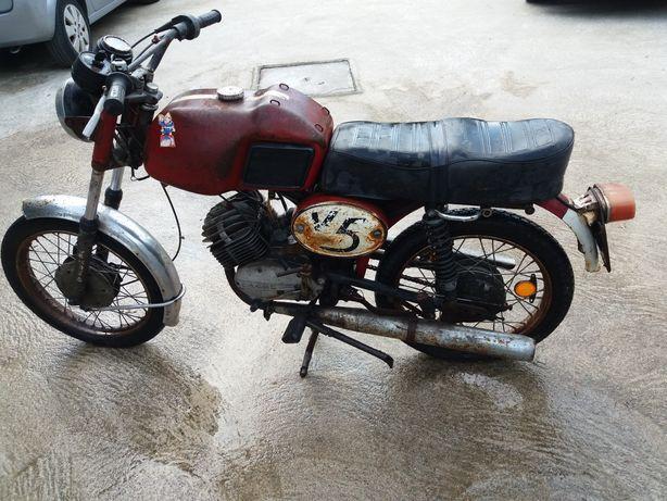 Moto Sachs V5 para restauro
