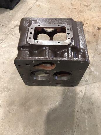 Корпус коробки передач КПП МТЗ-80/82 б/у запчасти двигателя