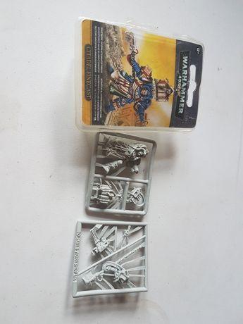 Warhammer 40k Librarian Finecast Space Marines