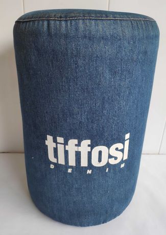 Puff decorativo Tiffosi.