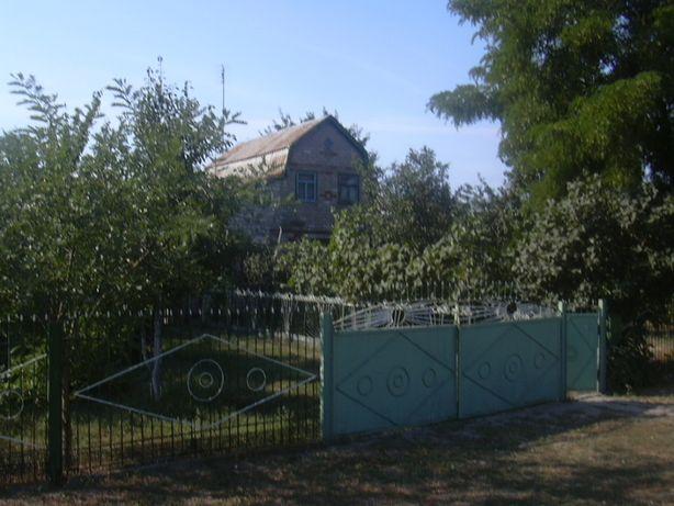 На берегу Черного моря обменяю на Крым участок с домом.