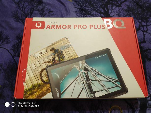 Продам планшет bq экран 10