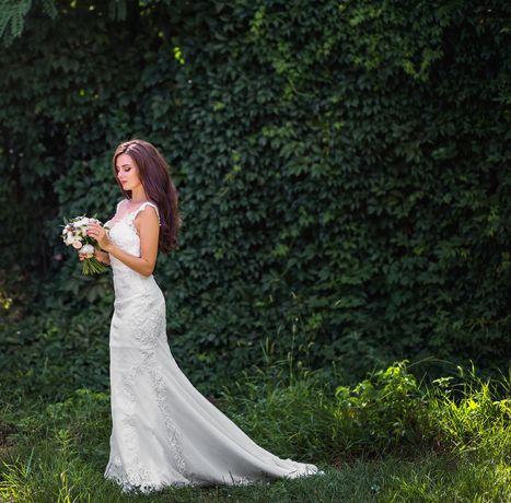Свадебное платье со шлейфом Katy Corso