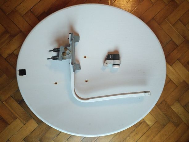 Talerz antena satelitarna 93 cm x 83 cm +konwerter+uchwyt