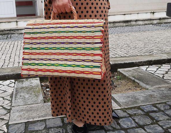 Cestas de junco tradicional portuguesas