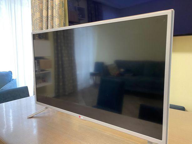 Продам телевизор LG 32 LB570U + Подарок