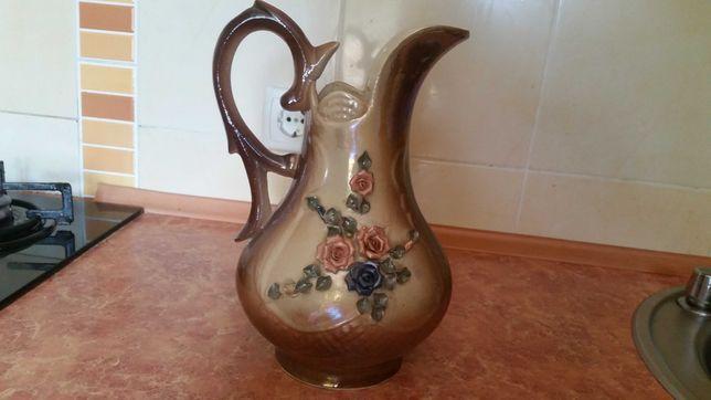 Керамический кувшин ваза