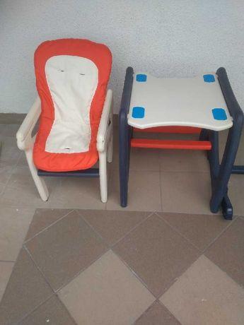 Krzesełko ze stolikiem