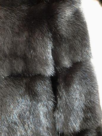 шуба з норки чорна