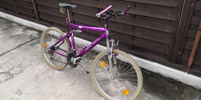 Rower górski z amortyzatorem kierownicy i siodełka