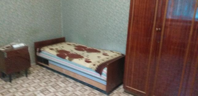 Сдам 1-комнатную кв-ру на в Дарницком р-не на Рем.базе