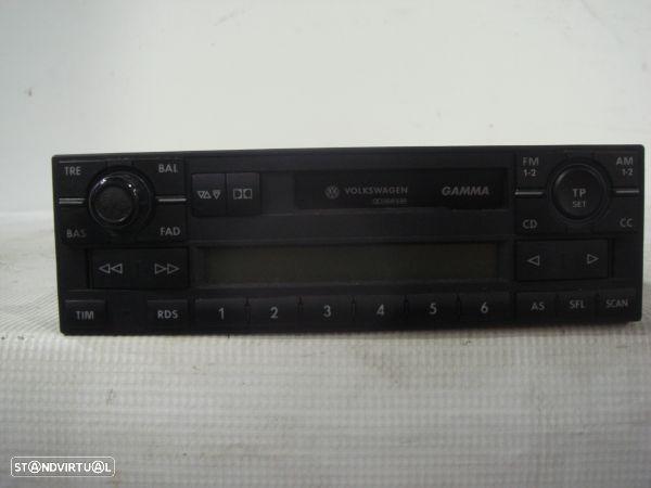 Auto-Radio Volkswagen Golf Iv (1J1)