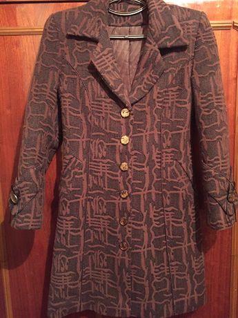 Женское пальто тёплое