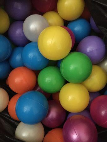 М'ячики (шарики) для сухого басейну