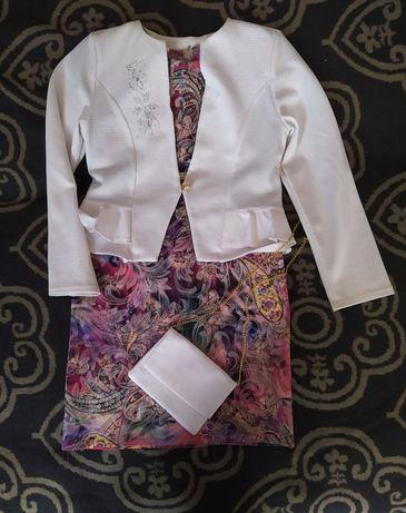 Нарядний костюм для дівчинки