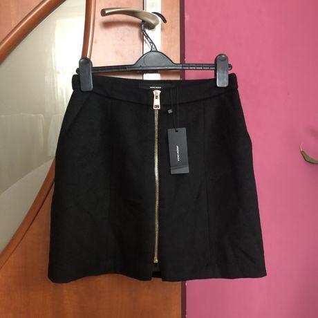 Czarna wełniana spódnica Vero Moda nowa trapezowa elegancka spódnica h