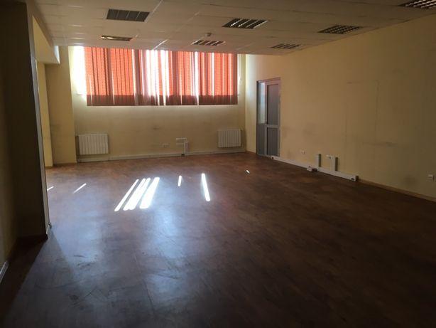 Аренда офиса 110 м.кв. в офисном комплексе Б+ в Дарницком р-не г. Киев