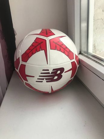 Мяч нью беленс,new balance м'яч Nike,Adidas