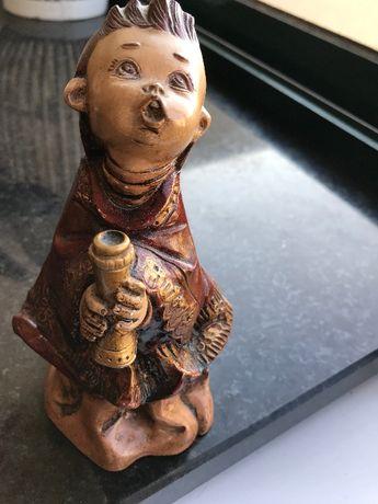 Estatueta em Marfinite pintada à mão