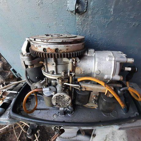 Вихрь 30      Човновий двигун