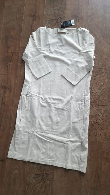 Sukienka dzianinowa, beżowa