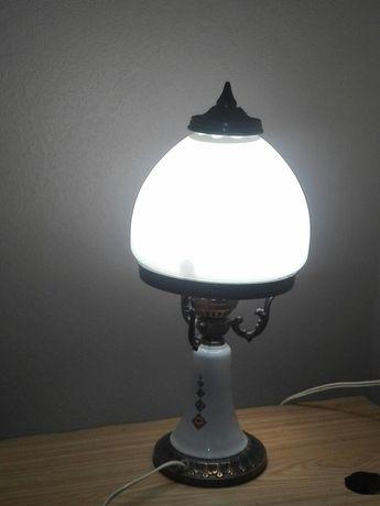 Настоль ная лампа