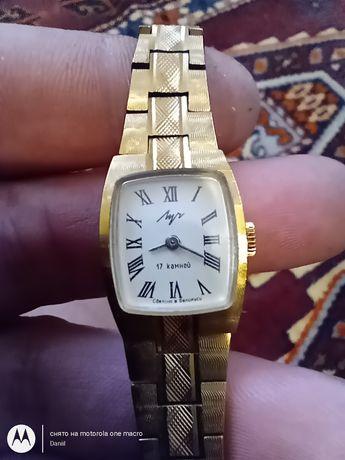 Продам часы Луч