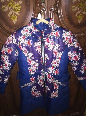 Теплая курточка для девочки 10 лет