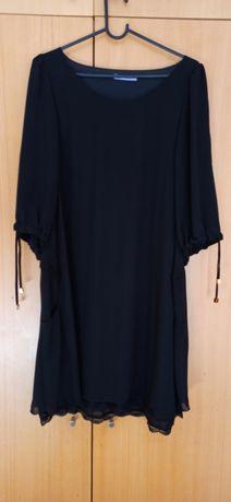 Vestido preto fluido com forro rendado