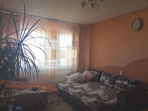 Продам 2х-комнатную квартиру в 5-ом микрорайоне